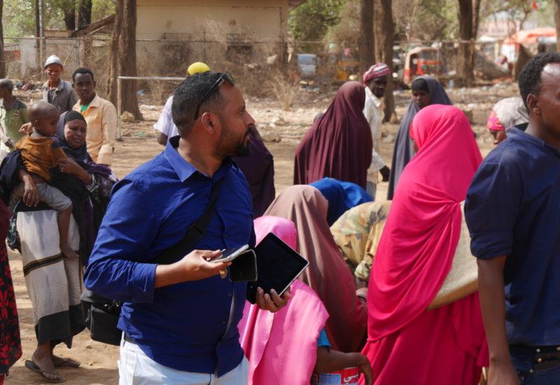 Help Somali Organisation, Dalib Bei Essensverteilung In Baidoa 4